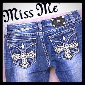 Miss Me Bootcut Distressed Jeans Sz 31 JP5046B10